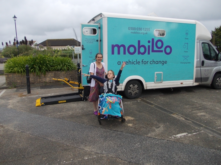 Adam loves Mobiloo!